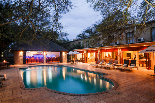 hluhluwe safaris pool