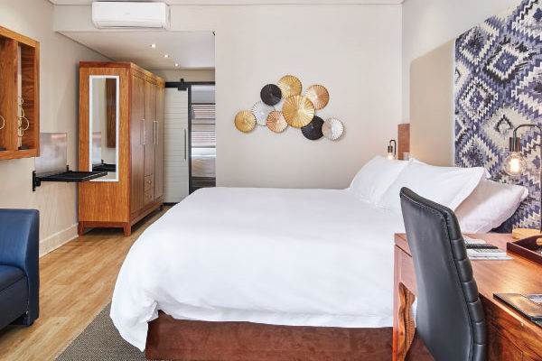 Family-Self-Catering-Bedroom1-hr-600x600-1